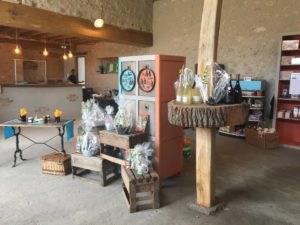 boutique epicerie superette magasin camping 4 etoiles france chambord